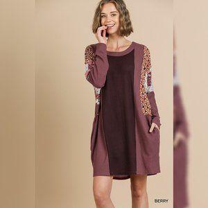 Umgee longsleeve contrast print tunic pocket dress